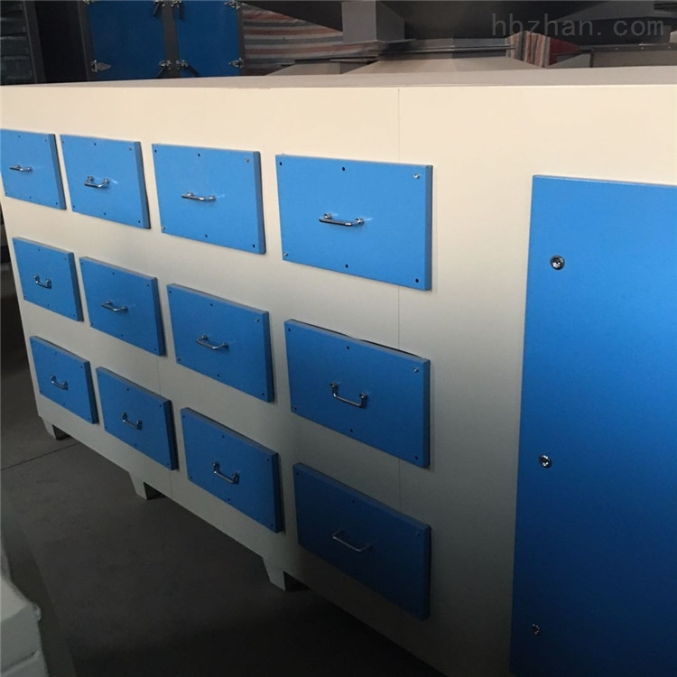 304不锈钢活性炭环保吸附箱工作原理