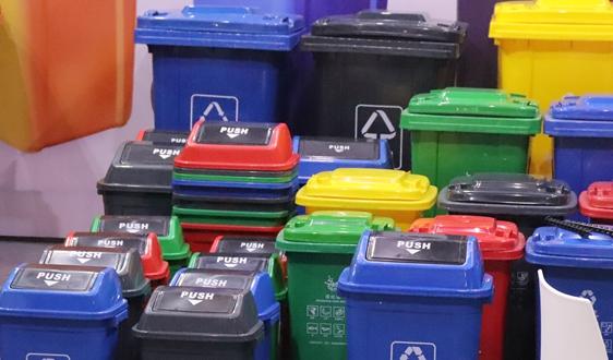 广州对11个区明察暗访 垃圾分类投放点达1.8万个