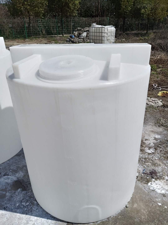 谦源2000L塑料搅拌罐 氢氧化钠搅拌罐