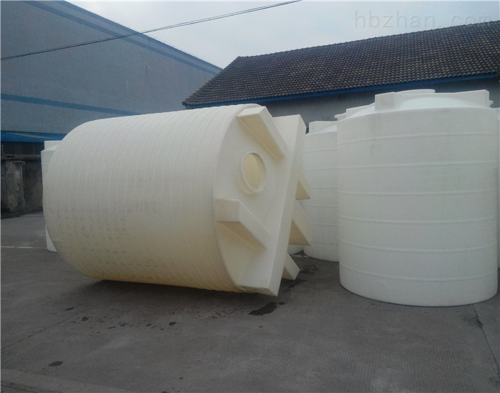 <strong>苏州8立方塑料搅拌桶 食用纯碱储罐</strong>