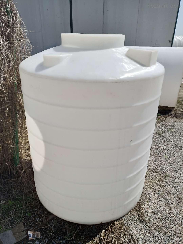 潍坊1.5立方PE储罐  混凝剂加药箱
