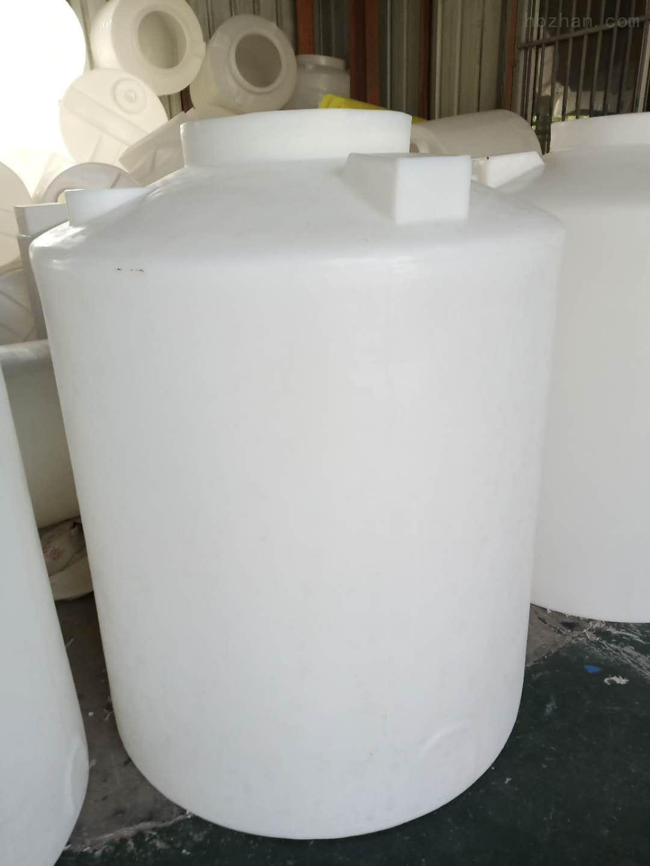 青岛1.5立方塑料储水箱  粘泥剥离剂溶药罐